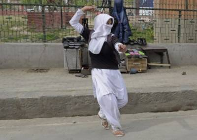Pakistan calls for solving Kashmir, Palestine international disputes for world peace