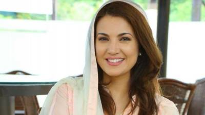 Imran Khan's aide announces 'worldwide' case against Reham Khan
