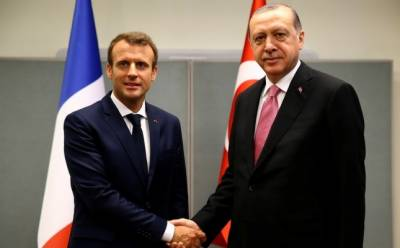 Turkish President, French counterpart discuss regional issues