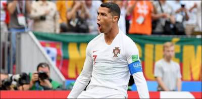 Cristiano Ronaldo makes history