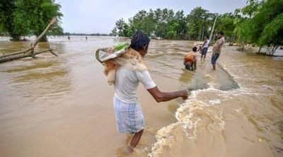 Floods kill dozens, displace over a million in India, Bangladesh