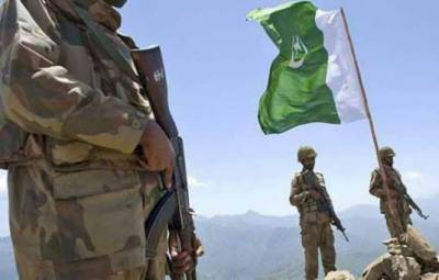 Afghanistan hands over Pakistan two soldiers arrested 3 years ago