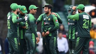 Pakistan depart for Zimbabwe tour
