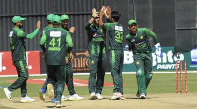 Pakistan sets huge target against Australia in final of triangular series