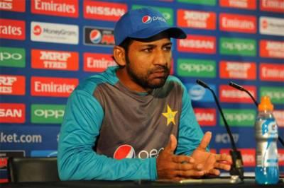 Skipper Sarfraz Ahmed hits out at own players