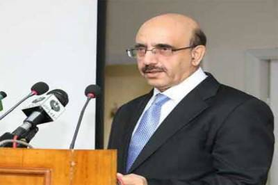 Masood invites Canadian council members to visit AJK