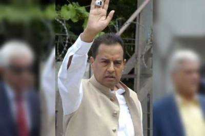 NAB unable to trace Captain (R) Safdar