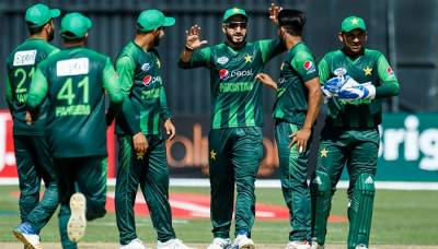 Australia win toss, elect to bat against Pakistan in T20 tri-series-final