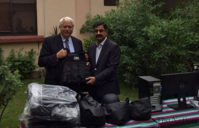 US delivers security equipment to Pakistan