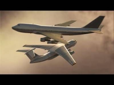 Two planes collide midair in United States