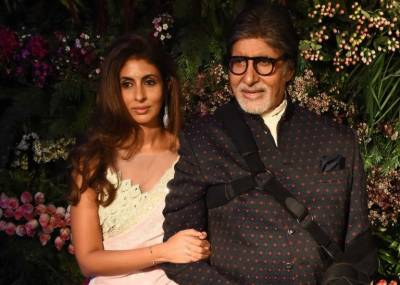 Amitab Bachan comes under attack in India