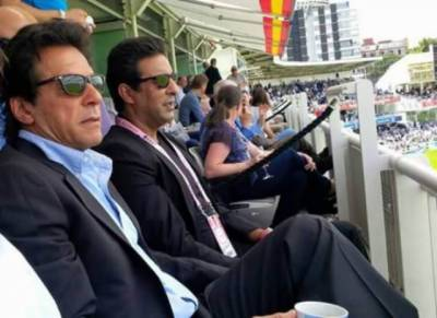 Wasim Akram endorses Imran Khan for July 25 elections