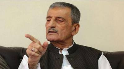 ANP's Bilour concedes defeat, admits Imran's popularity in KP
