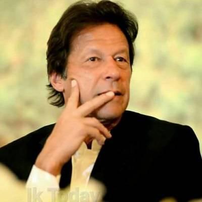 Imran upset by Khattak's stubbornness over KP CM's post