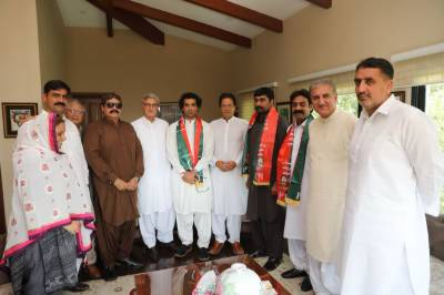 5 Independent MNA, MPAs join PTI, five more likely to join today: Sources