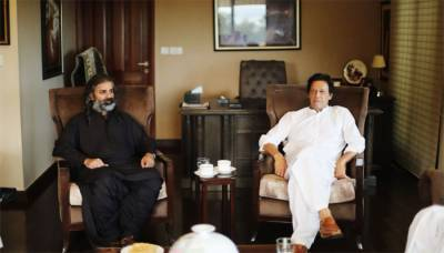 JWP Chief Shahzain Bugti announces support for PTI in meeting with Imran Khan