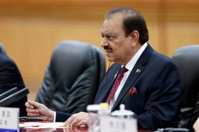 President Mamnoon Hussain cancels foreign tour on PTI's request