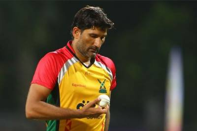 Pakistani bowler Sohail Tanveer under fire for inappropriate gestures