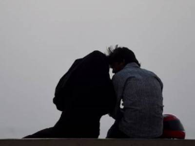 Young couple arrested in Islamabad for involved in kissing, obscene acts openly: Police