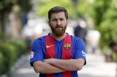 Barcelona star Lionel Messi suffers a big blow