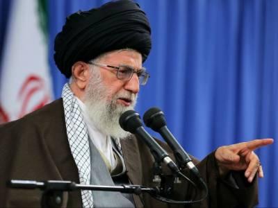 Iran threatens to hit US, Israel