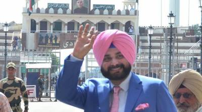 Navjot Sidhu reveals who permitted him to visit Pakistan