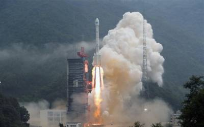 China successfully launches twin BeiDou Satellites into space