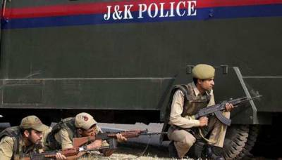 Four Indian soldiers killed in Occupied Kashmir, weapons taken away