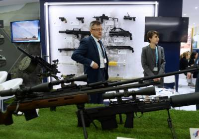 Pentagon official cautions India over buying Russian arms