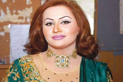Stage actress Nargis warns and threatens PTI Minister