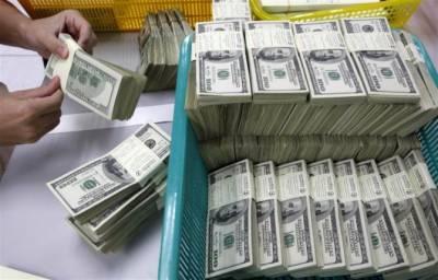 US dollar depreciates against Pakistani Rupee in open market