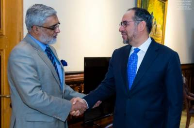 Afghan Foreign Minister holds important meeting with Pakistan Ambassador in Kabul