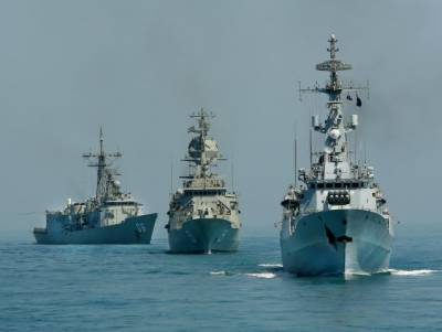 Pakistan Navy warship docking back after overseas deployment to Europe as part of Naval diplomacy