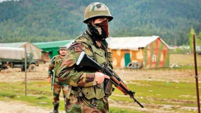 Police officers quit service in occupied Kashmir over threats