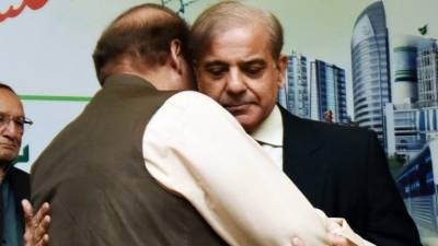 Shahbaz Sharif holds emergency meeting with Nawaz Sharif in Adiala Jail: Sources