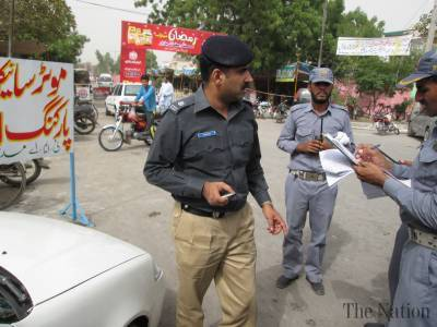 Police official injured in firing in Saddar area