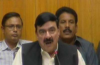 Sheikh Rashid announces innovative measures in Pakistan Railways