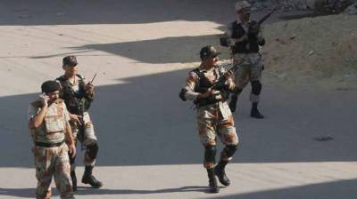 Rangers arrest 11 criminals in Karachi