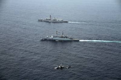 Britain Royal Navy warship holds join drills with Pakistan Navy