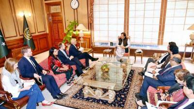 British Home Secretary holds important meeting with PM Khan