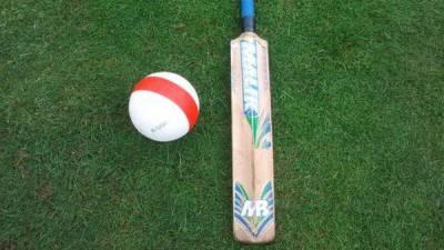 Pakistan deaf cricket team thrashes India