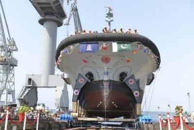 Pakistan Navy inducts indigenous built Bollard Pull Tug made by Karachi Shipyard