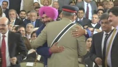 Indian Defence Minister hits out at Navjot Sidhu - General Bajwa hug