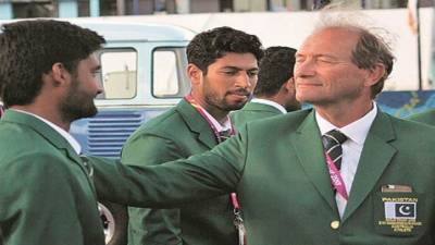 Pakistan hockey head coach Oltmans resigns