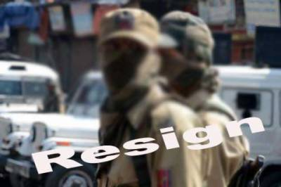 Seven more police officials working for Indian Army in occupied Kashmir resign