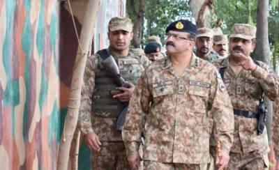 Corps Commander Rawalpindi visits LoC