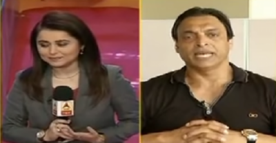 Shoaib Akhtar gives a nice lesson to Indian female journalist who tried to mock Pakistan