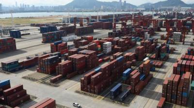 China plans to cut import tariffs on various products