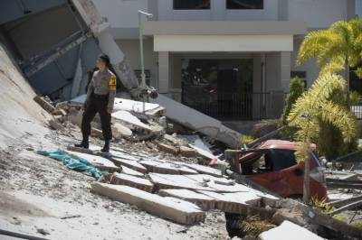 Indonesia quake - Tsunami: Death toll rises drastically