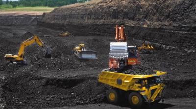 Divisional Commissioner Mirpurkhas visits Thar Coal project